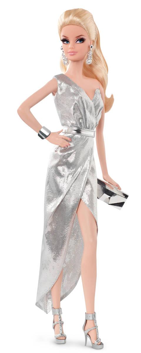 Barbie LOOK sběratelská Barbie LOOK: blondýnka, stříbrné šaty