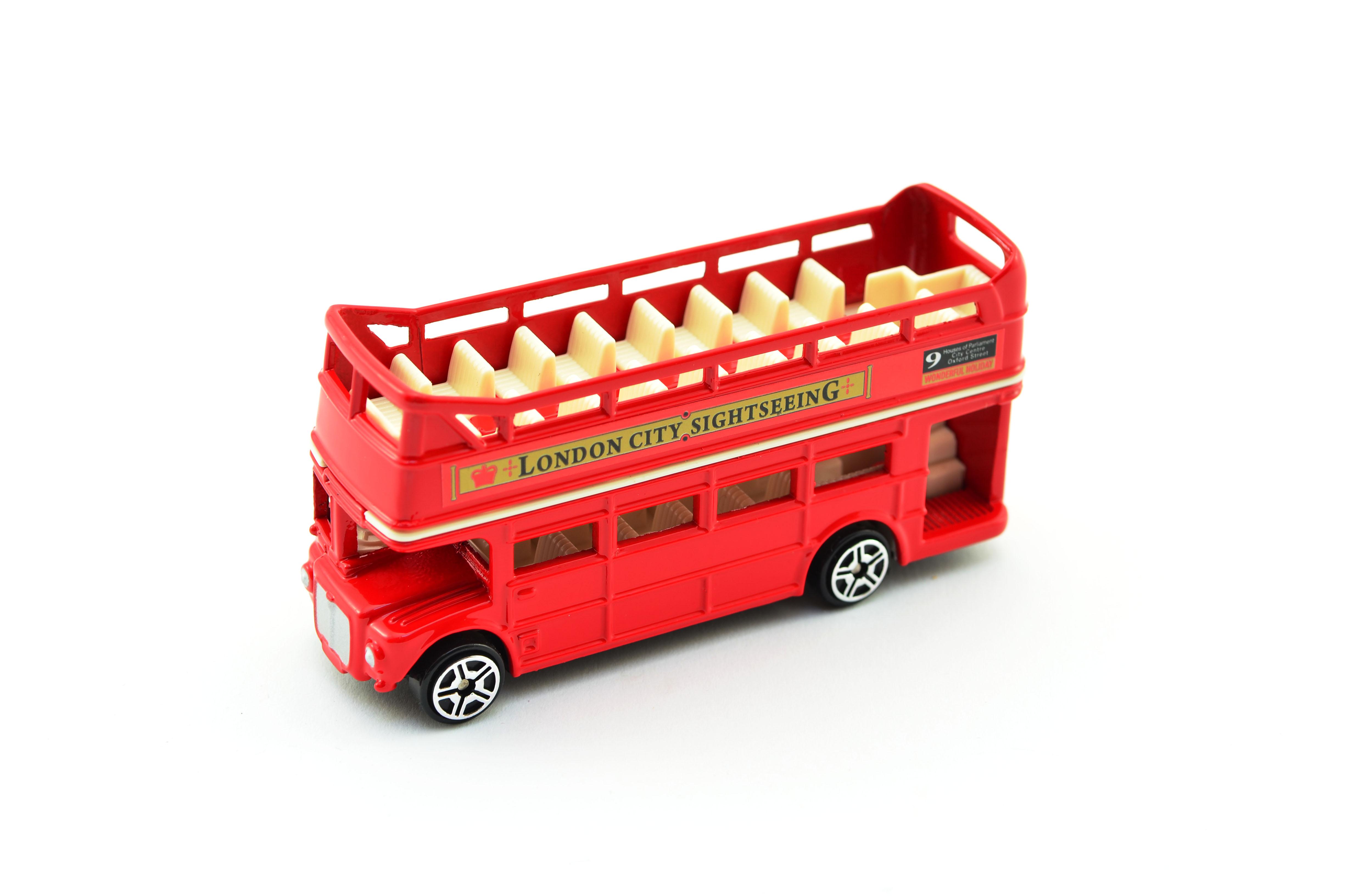 Autobus Londýn kov červený patrový s otevřenou střechou10cm