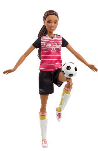 Barbie sportovkyně panenka Barbie: Fotbalistka černovláska