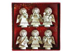 Přírodní vánoční dekorace s motivem andělíčků