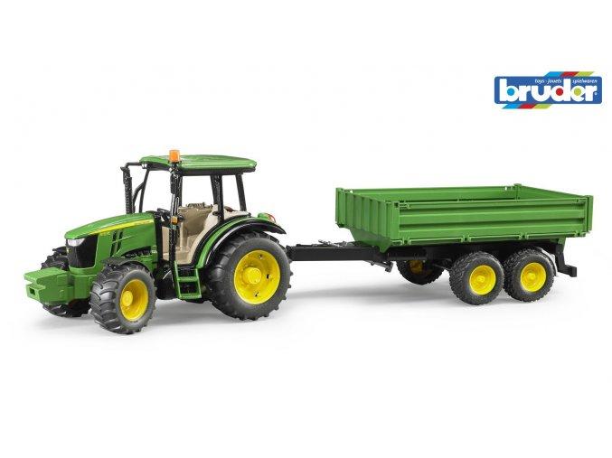 Zelený TRAKTOR JOHN DEERE 5115M s valníkem značky Bruder - BR 02108