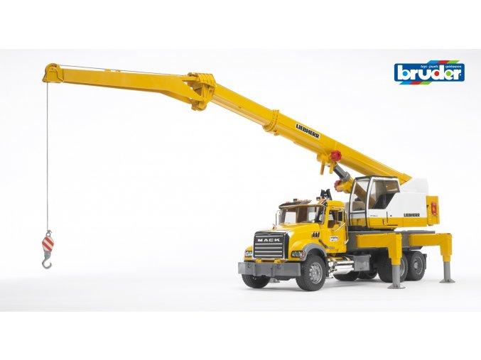Žlutý JEŘÁB MACK Granite značky Bruder - BR 02818