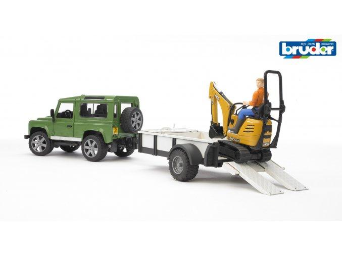 BRUDER 2593 Zelené AUTO LAND DEFENDER s přívěsem a JCB mikrobagrem