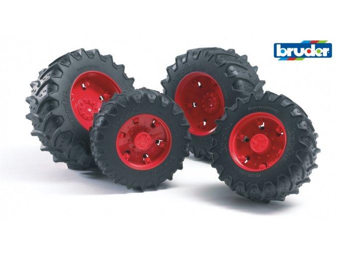 Červená dvojitá kola pro serii 03.. značky Bruder - BR 03313