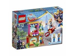 LEGO 41231 Super Heroes Harley Quinn™ spěchá na pomoc