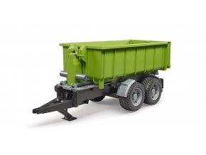 Zelený vůz za traktor - kontejner