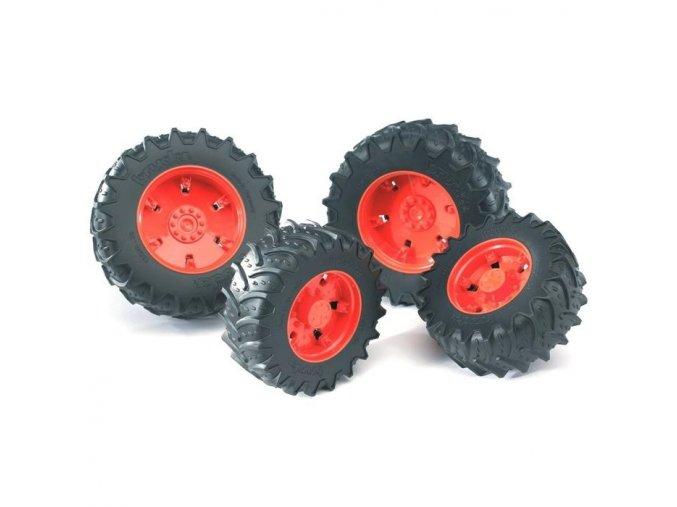 BRUDER 3302 /3312/Dvojitá kola pro traktory řady 3000 oranžová