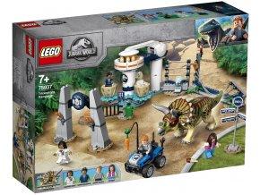 LEGO Jurassic World 75937 Triceratopsovo běsnění