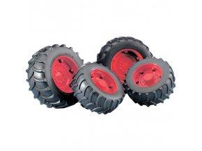 BRUDER 2013 (2322) Náhradní kola pro traktory řady 2000 červená