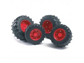 BRUDER 3303 (3313) Dvojitá kola pro traktory řady 3000 červená