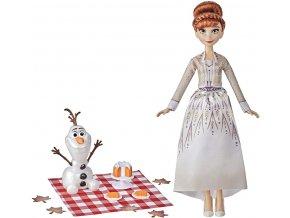 Hasbro Ledové království 2 Anna a Olaf podzimní piknik
