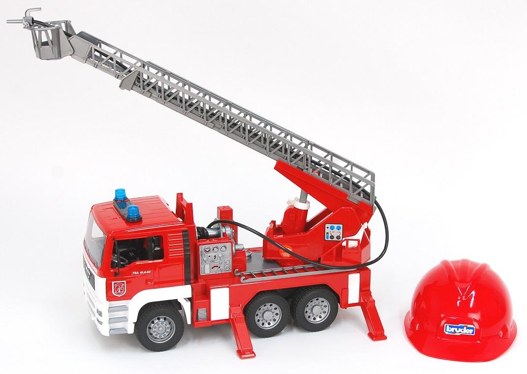 Bruder 1981 Nákladní auto MAN TGA hasiči s helmou