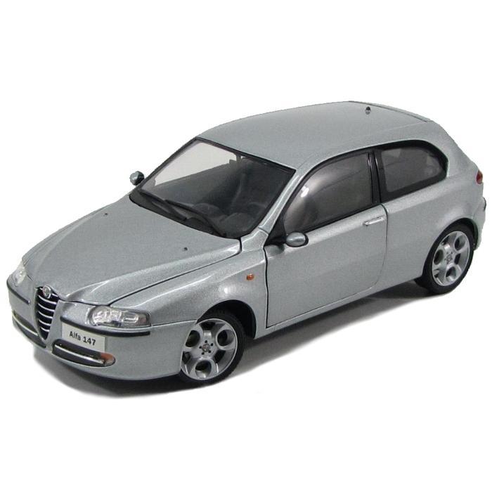 Alfa Romeo 147 stříbrná 1:18, Ricko