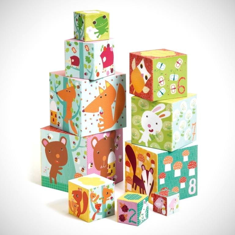 NÁPADY: Hrajeme si s krabičkovou věží