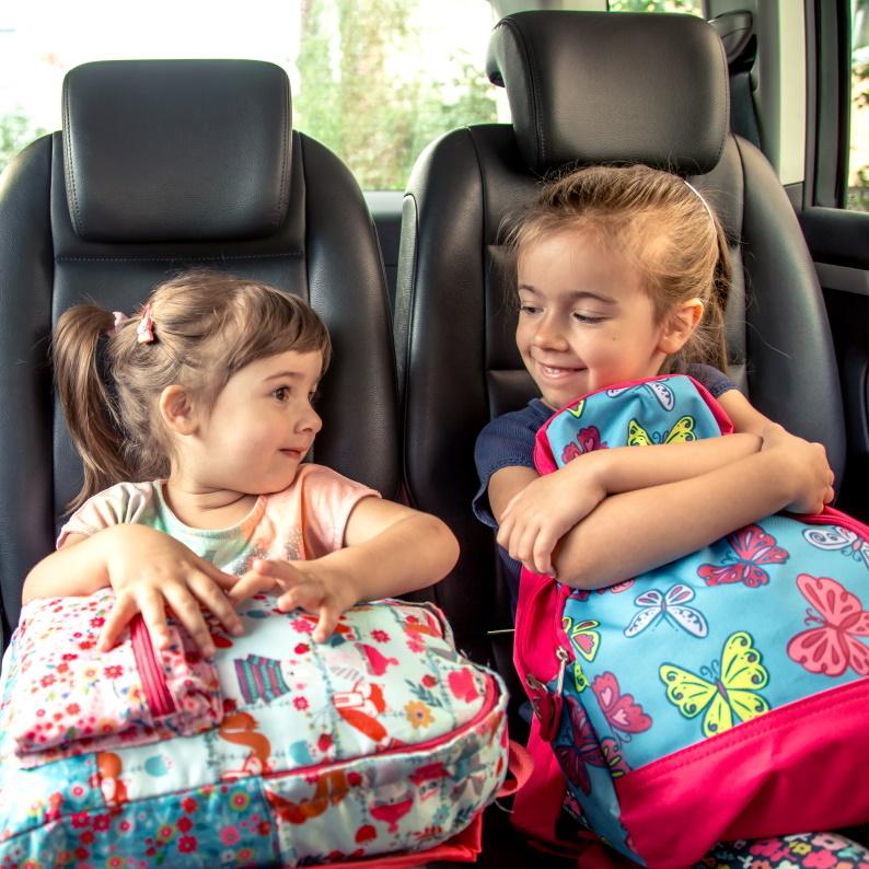 5 TIPŮ: Jak zvládnout cestování autem s dětmi