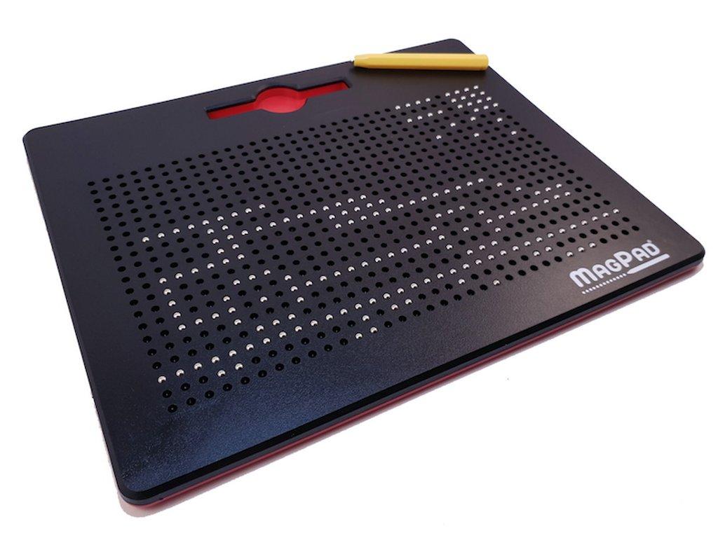 MAG600245 magneticka tabulka magpad cerna big 714 kulicek