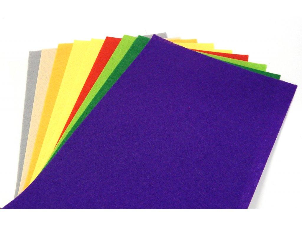 filc barevny A4