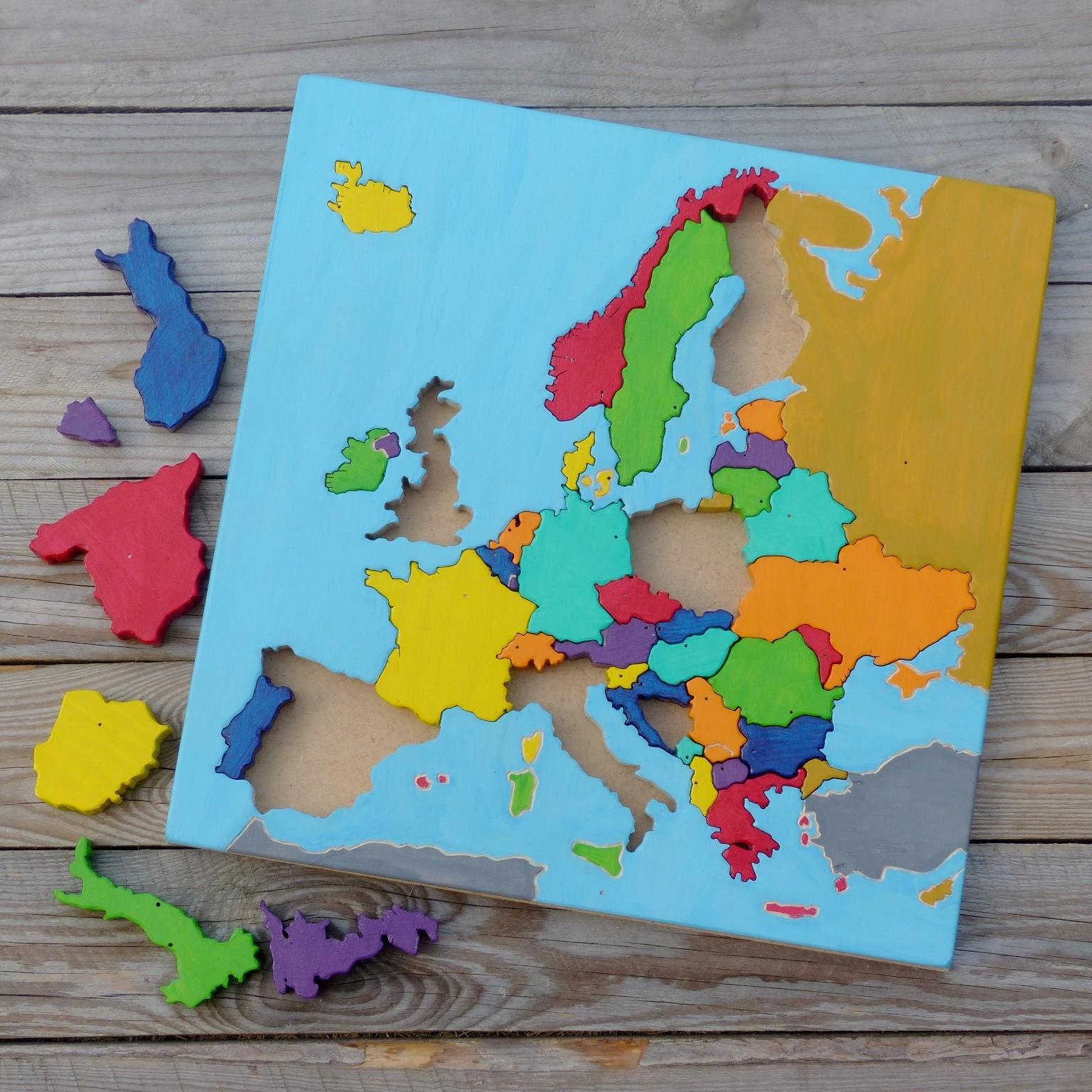 Puzzle a skládačky