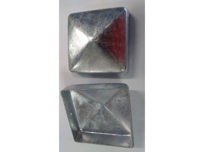 Krytka ve tvaru stříšky - čtvercová pro hranol 9x9cm .