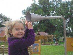Telefon na dětská hřiště s podzemním kabelem 6m .