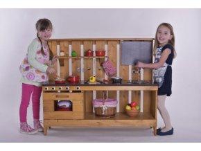 Dětská dřevěná kuchyňka Anička .