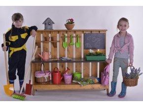 Dětský zahradní stolek Bohoušek .