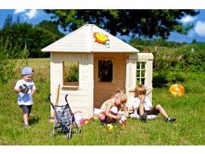 Dětský dřevěný domek M543 .