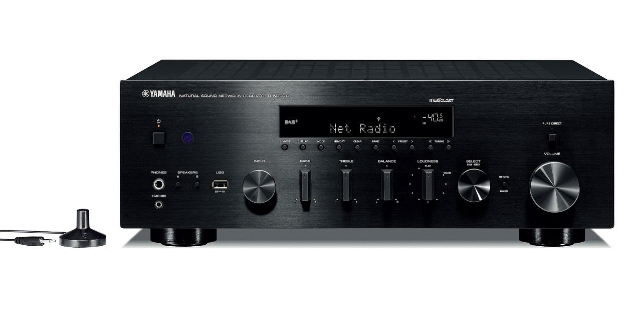 Yamaha R-N803D *EISA 2018-2019* Barevné provedení: stříbrné