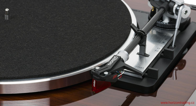 Thorens TD 103A + Ortofon 2M RED Barevné provedení: black - černý klavírní lak