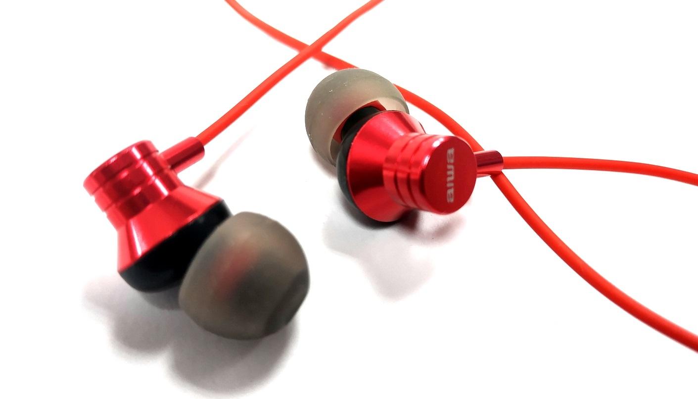 aiwa ESTM-50 Barevné provedení: červené