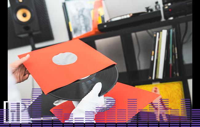 Audio Anatomy INNER SLEEVES 12″ Red Množství: 25 kusů