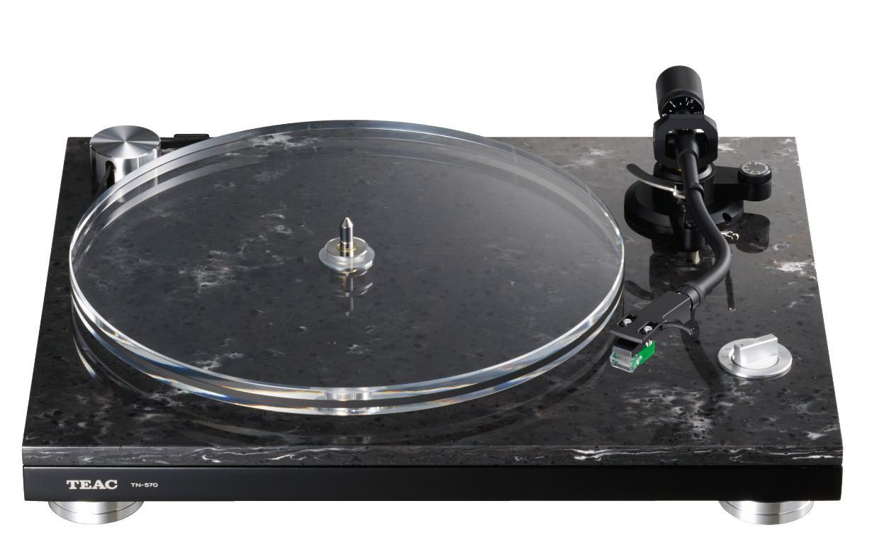 TEAC TN-550 + Thorens Carbon Fiber Disc Brush