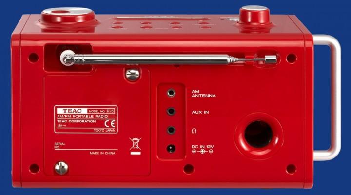 TEAC R-5 Barevné provedení: červené