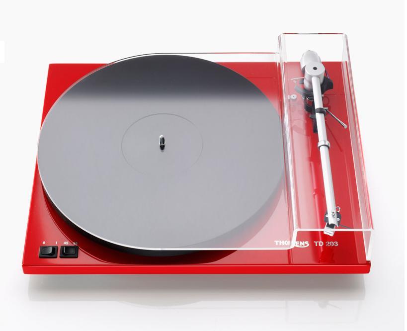 Thorens TD 203 Barevné provedení: high gloss red - piano červená