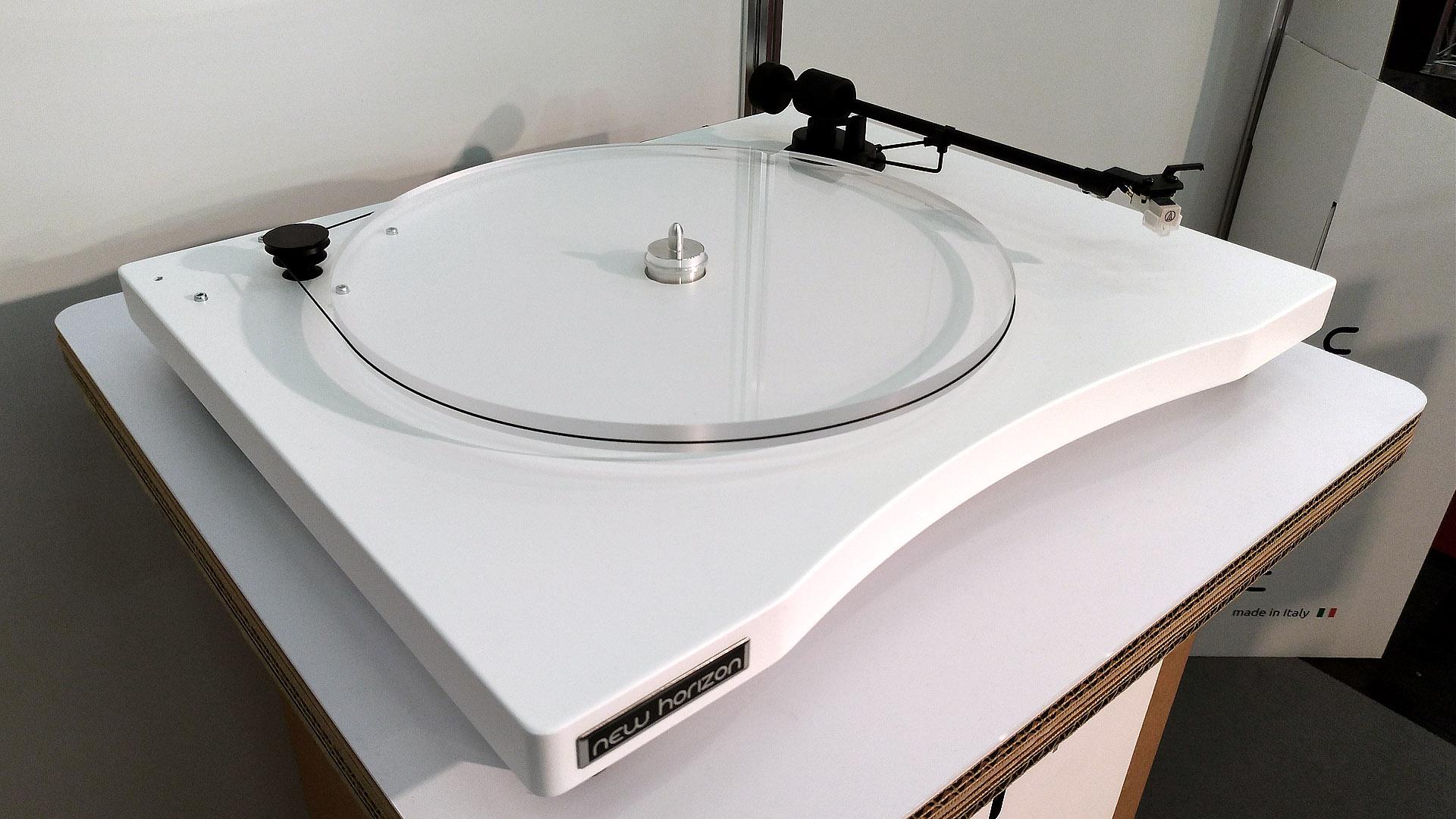 New Horizon GD1 Barevné provedení: white