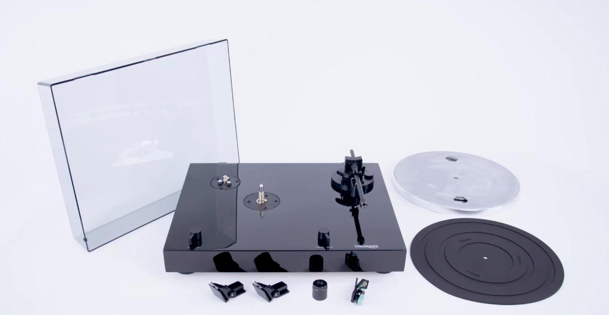 Thorens TD-202 Přenoska: Audio-Technica AT 95e