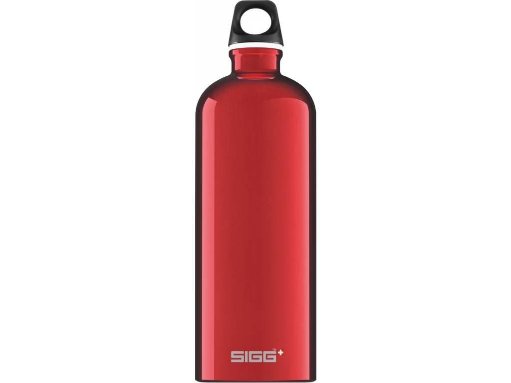 SIGG Fľaša Traveller Red - kovové fľaše na vodu SIGG
