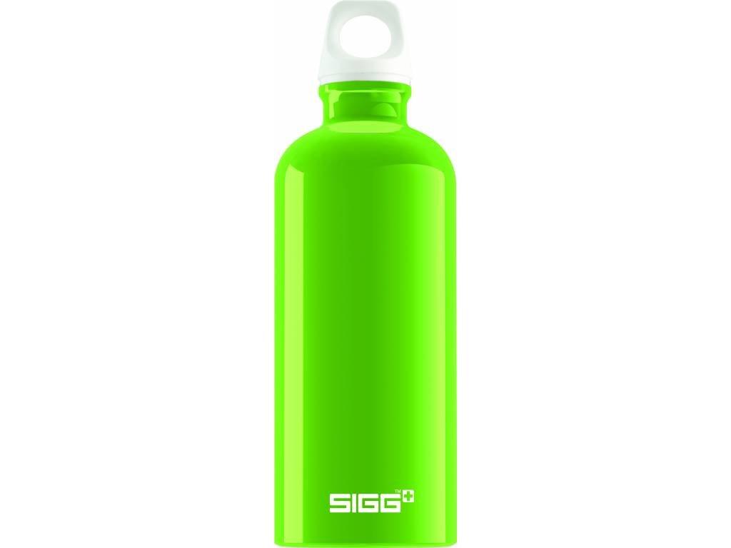 SIGG Fľaša FABULOUS Green - kovové fľaše na vodu SIGG