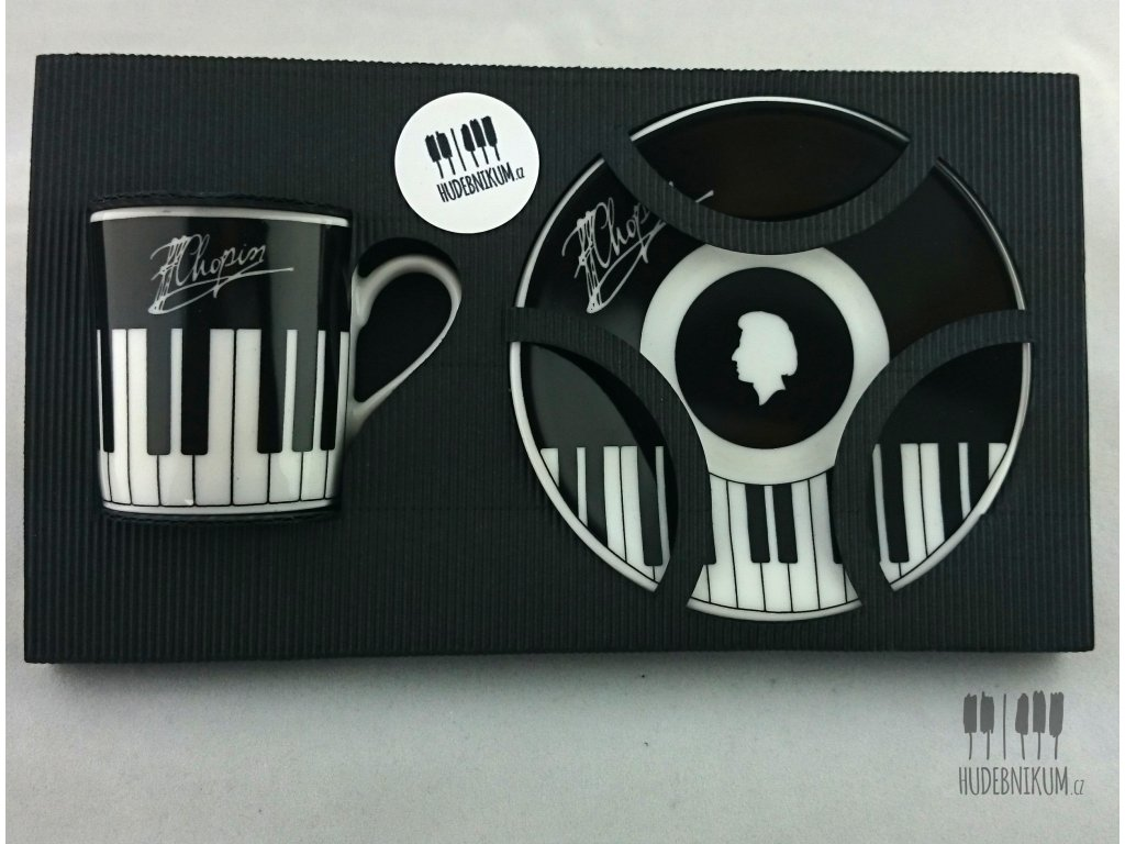 černý set s klaviaturou