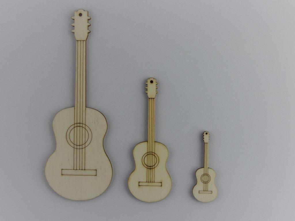 hudební dřevěné výřezy kytary