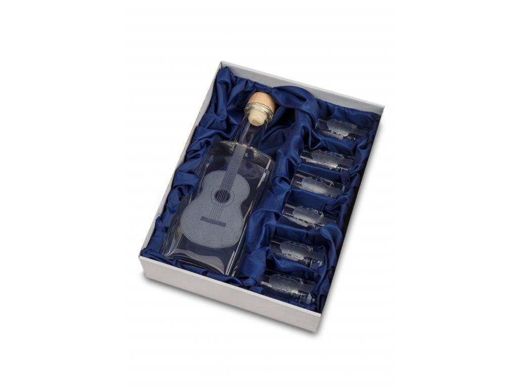 Skleněná láhev 0,5 l + 6 ks sklenic 35 ml klasická kytara