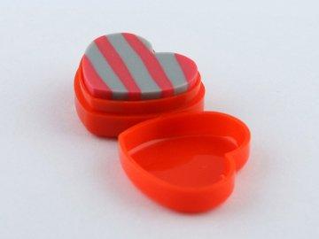 červená guma klaviatura
