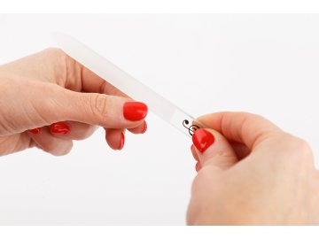 pilník na nehty houslový klíč černý