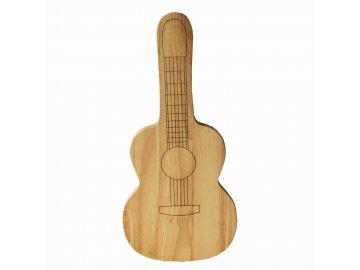 dřevěné prkénko kytara
