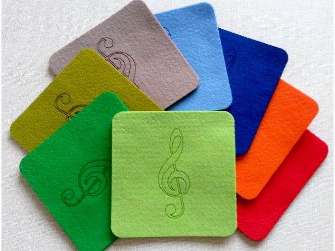 podložky barevné s houslovým klíčem, hudební, podložka hudební s notami