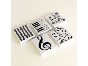 gumy s hudebním motivem