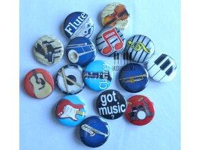 buttony hudební