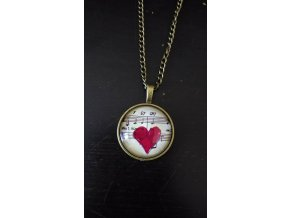 Vintage náhrdelník s partiturou a srdcem
