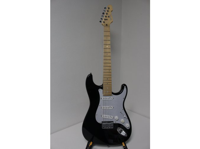 BACH BST MAS BK elektrická kytara