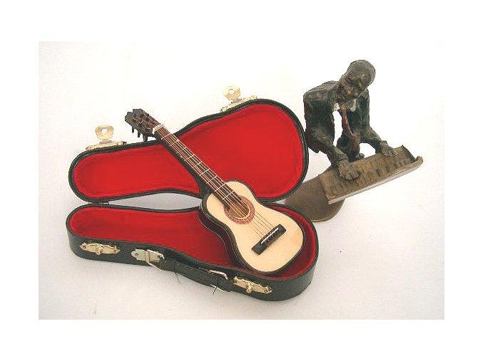 3400004 dárek pro muzikanta kytaristu miniatura klasická kytara v kufříku